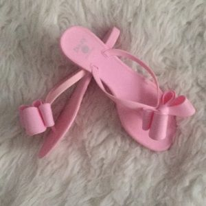 dizzy Shoes - Pink flip flops